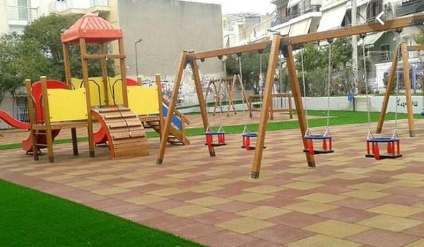 Αναβαθμίζονται παιδικές χαρές σε γειτονιές του Δήμου Βοΐου