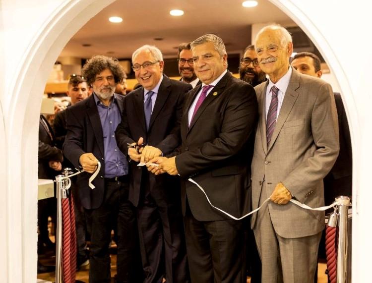 Την 57η Πανελλήνια Έκθεση Κεραμικής εγκαινίασε ο Δήμαρχος Αμαρουσίου κ. Θεόδωρος Αμπατζόγλου μαζί με τον Περιφερειάρχη Αττικής κ.Γιώργο Πατούλη
