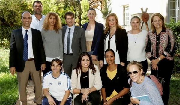 Τι γυρεύουν οι Έλληνες Ολυμπιονίκες στο Ψυχικό;