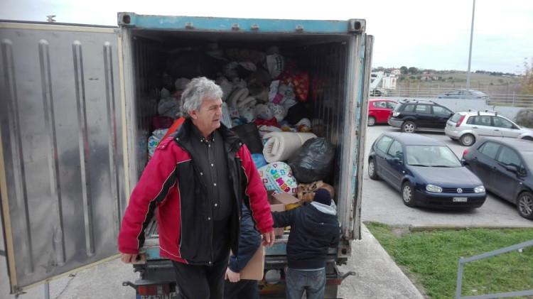 Ανθρωπιστική βοήθεια στην Αλβανία από τον Δήμο Θέρμης Φορτηγό