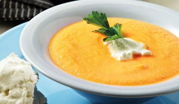 Η τέλεια συνταγή για βελουτέ καροτόσουπα με πράσο