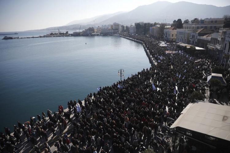 Προσφυγικό Στο Μαξίμου Δήμαρχοι και Περιφερειάρχης Βορείου Αιγαίου Χίος