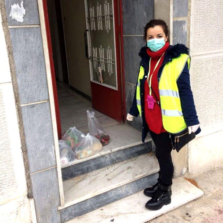 Πασχαλινά είδη, πόρτα-πόρτα, από τον Δήμο Αιγάλεω και το Κοινωνικό Παντοπωλείο Εργαζόμενη2