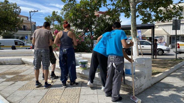 Εργασίες καθαρισμού και καλλωπισμού στο Δήμο Δέλτα Ομάδα Εθελοντών ΙΘΑΚΗ