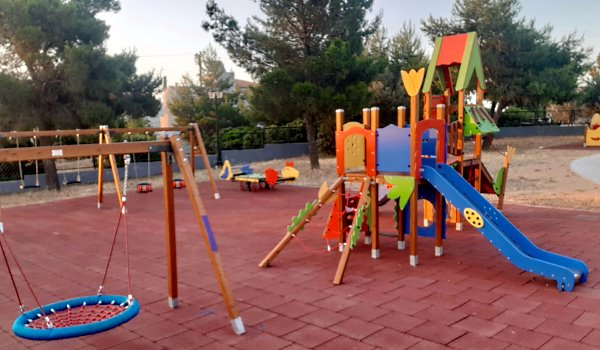 10 νέες παιδικές χαρές στο Δήμο Παλλήνης