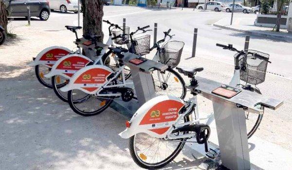 Τοποθετήθηκαν τα πρώτα δημοτικά ποδήλατα στη Βέροια
