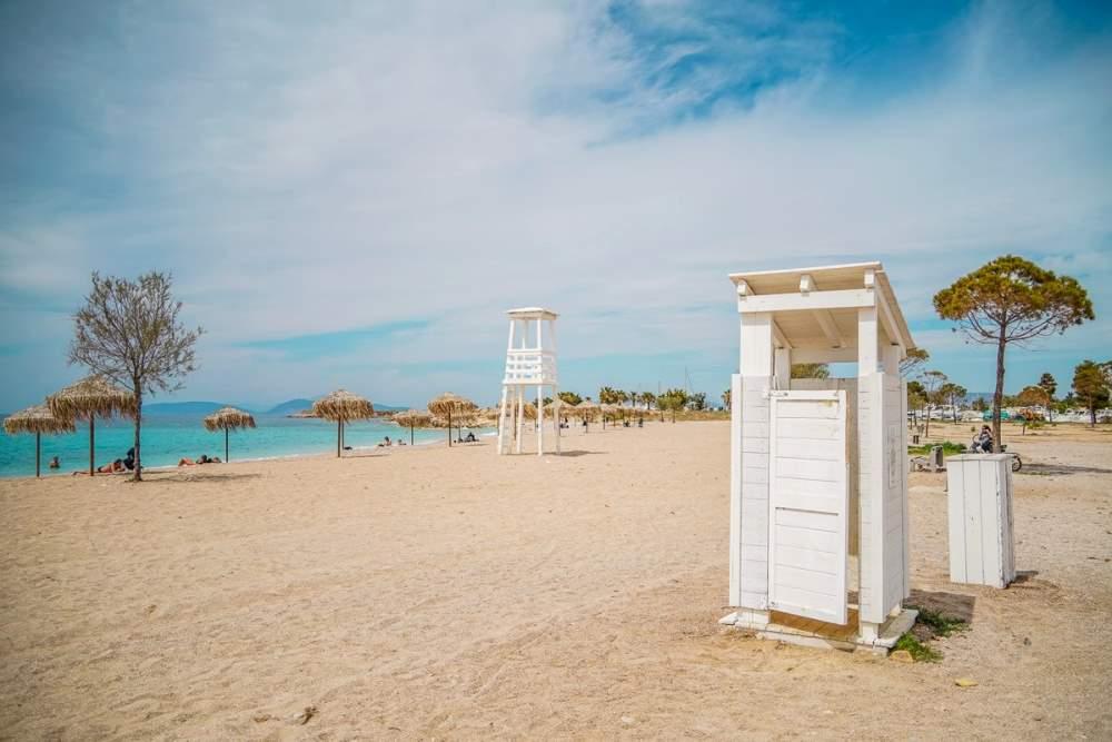 Παραλία Γλυφάδας Ωραιότερη από πότε και έτοιμη για το καλοκαίρι