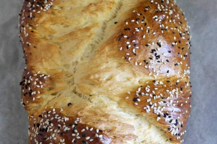 Τσουρέκι Πασχαλινό (Πολίτικη Συνταγή) Οι χαρακτηρικές ίνες του Πολίτικου τσουρεκιού