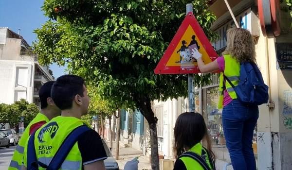 «Υιοθετώ μια πινακίδα, φροντίζω τη γειτονιά μου»: Δράση του Δήμου Διονύσου