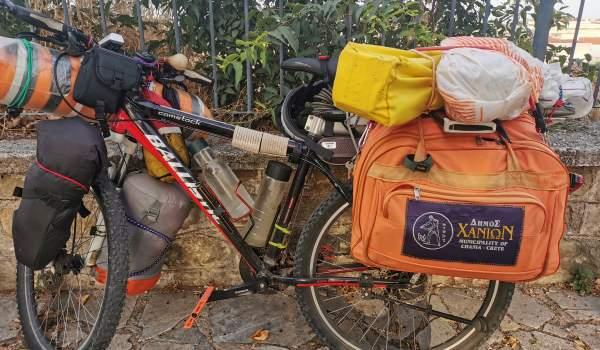 Ο γύρος της Ελλάδας με ένα ποδήλατο (ΦΩΤΟ)