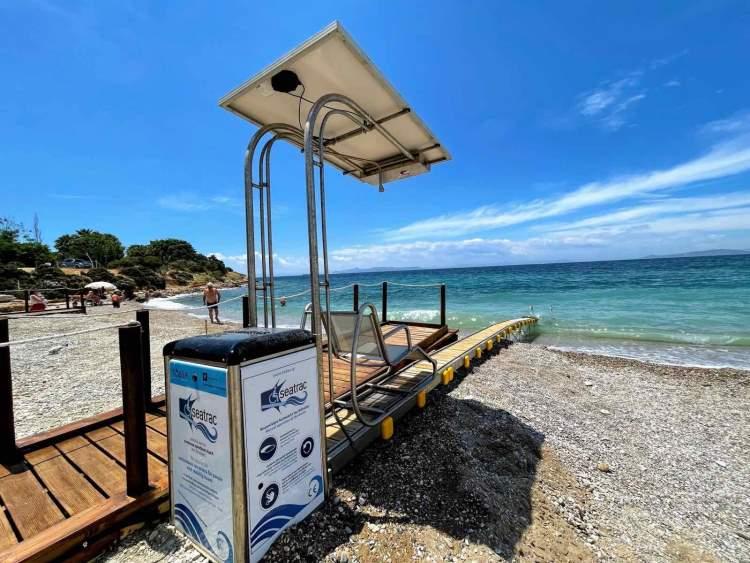 Seatrac Γλυφάδας 1ο σε χρήσεις Πανελλαδικά - 2 ειδικές ράμπες Seatrac φιλοξενεί η παραλία Γλυφάδας
