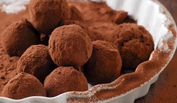 Τρουφάκια με κάστανο και σοκολάτα (Συνταγή)